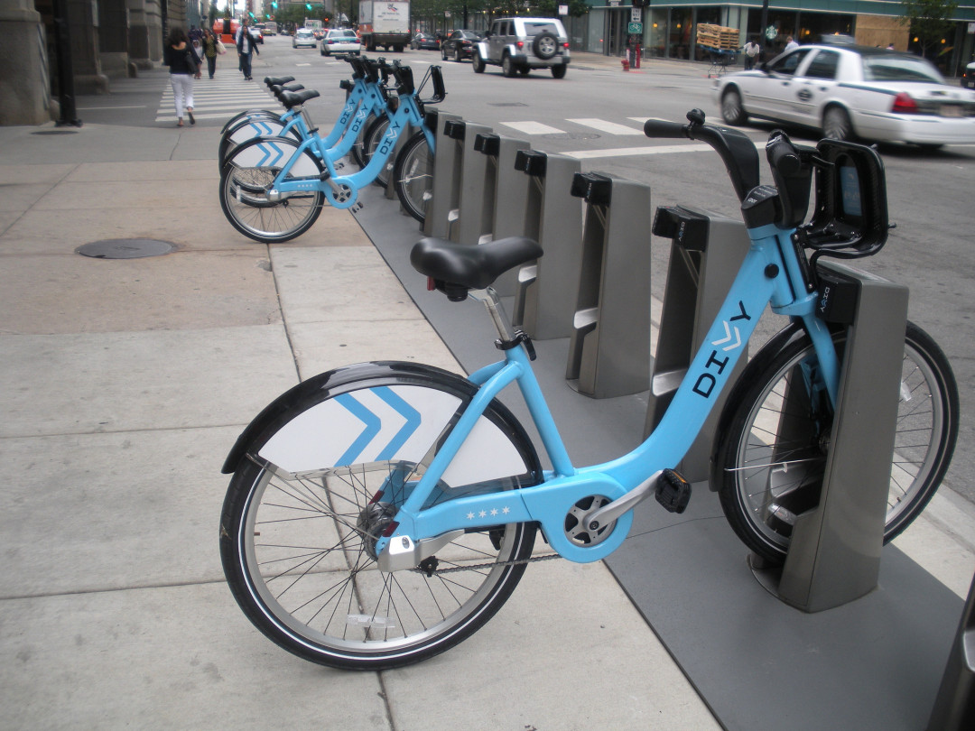 Bike-Share Is (Still) Struggling to Reach Poor People Across North America (via CityLab)
