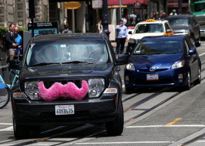 Lyft Hopes to Coax Commuters to Leave Their Cars (via The New York Times)