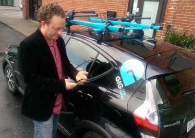 """""""One-way"""" car sharing grows in the East Bay (KALW)"""